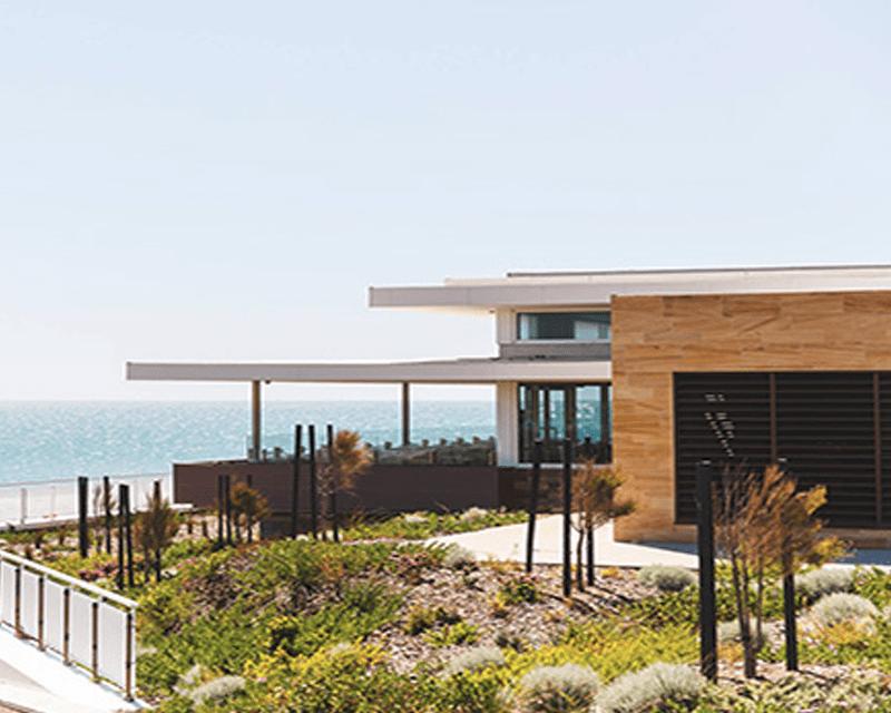 Hamptons-City-Beach-Restaurant